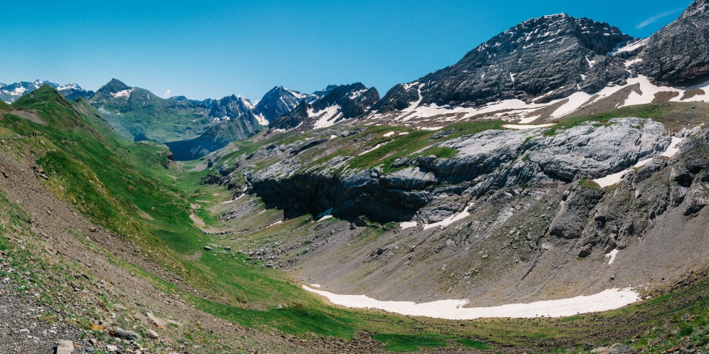 The Col des Tentes, on the Spanish border - 50:50 split of 'bonjour' vs 'hola' greetings from fellow hikers